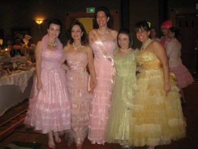 Bellasingowns
