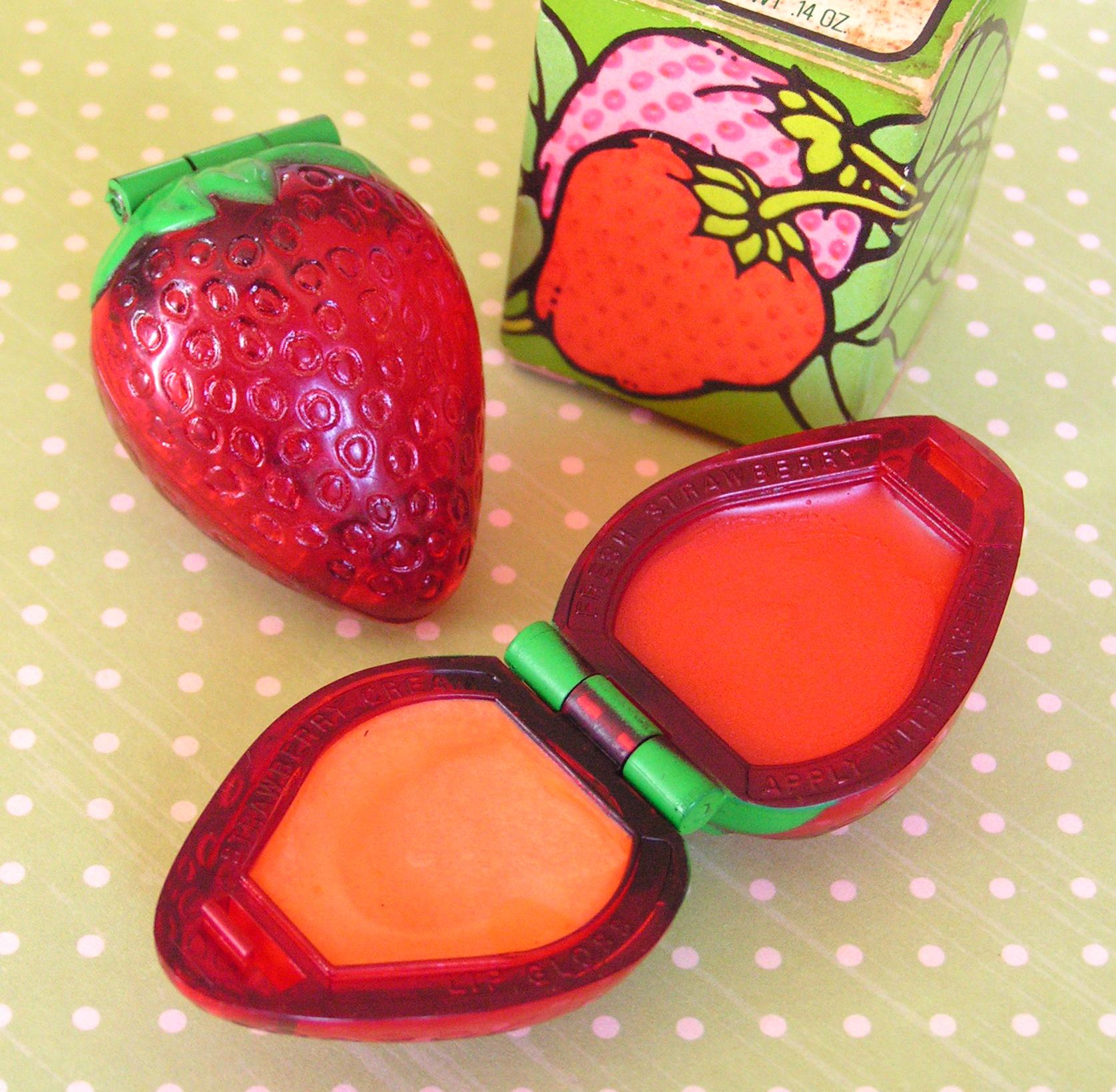 http://velvetstrawberries.typepad.com/.a/6a00d8341c8f0053ef01157008958f970b-pi