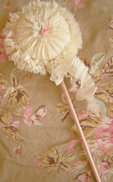 Powder puff wand (1)