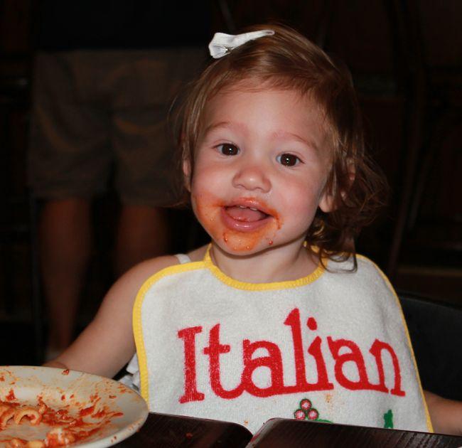 Sofia mangia