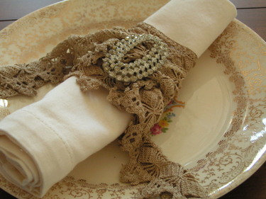 Lace_napkin_ring