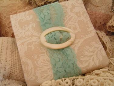 Lace_tied_parcel