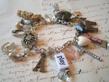 Found_object_charm_bracelet