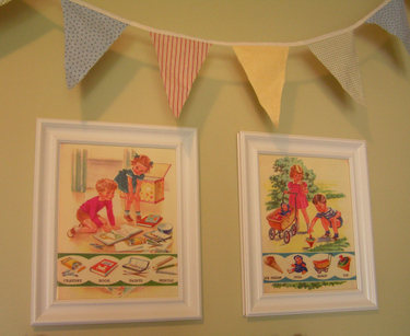 Playroom_pictures_and_bunting
