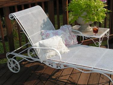 Vintage_chaise