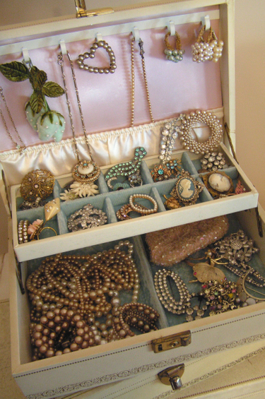 Jewelry_goodies_2_2