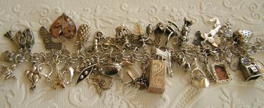 Charm_bracelet_2