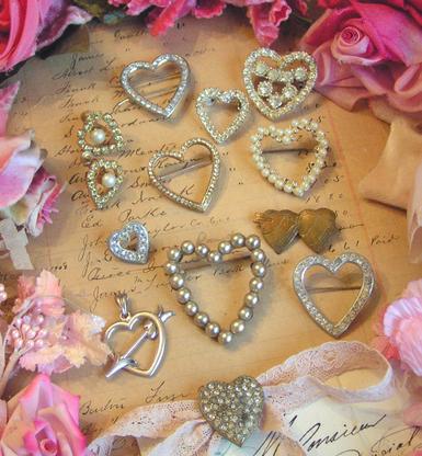 Vintage_heart_tokens