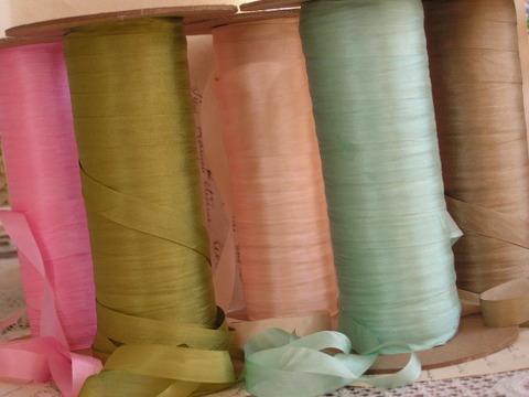 Pure_silk_ribbon