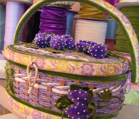 Vs_sewing_basket_from_kathryn