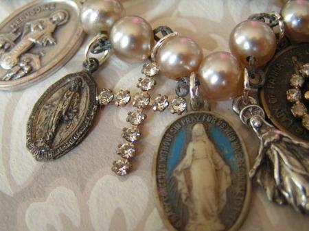 Mary_bracelet_3